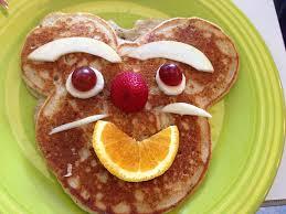 Receta deliciosos pancakes divertidos