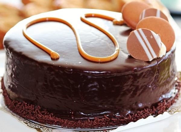 Receta de bizcocho de chocolate con nueces