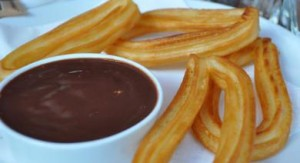 Merienda facil con chocolate con churros