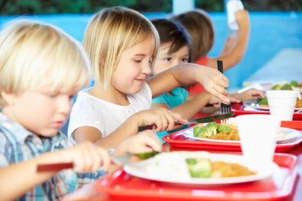 ¿Son recomendables los comedores escolares?